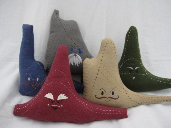 Plush statistical distributions